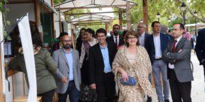 El Presidente de la Diputación inaugura la Feria Utiel Gastronómica 2016