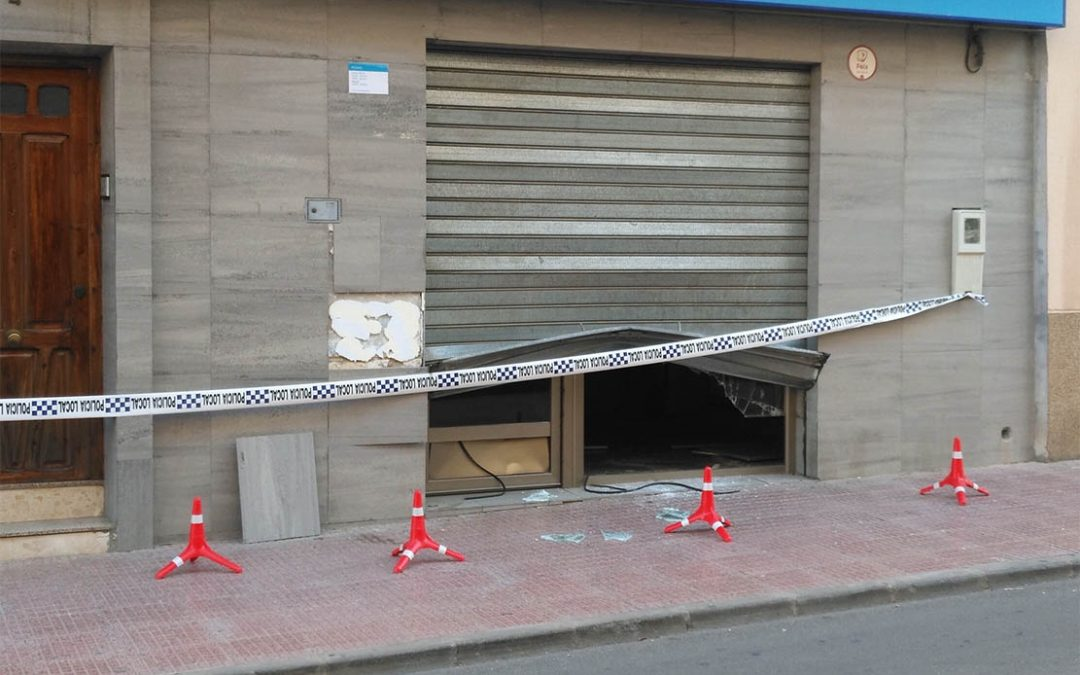 Una tienda de telefonía de la C/ Camino ha sufrido intento de robo