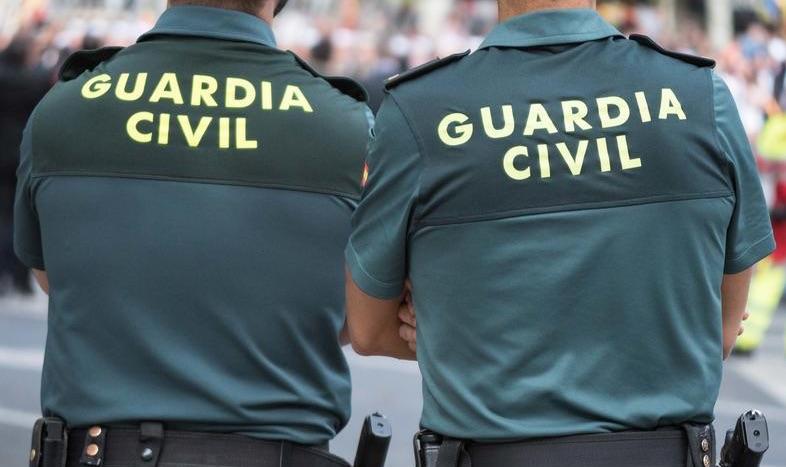 Detenidas 2 personas por 10 delitos de hurto y 1 de robo con violencia a personas mayores en Buñol y Requena