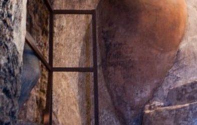 Una Nueva Bodega subterránea, privada, se restaura en Utiel.