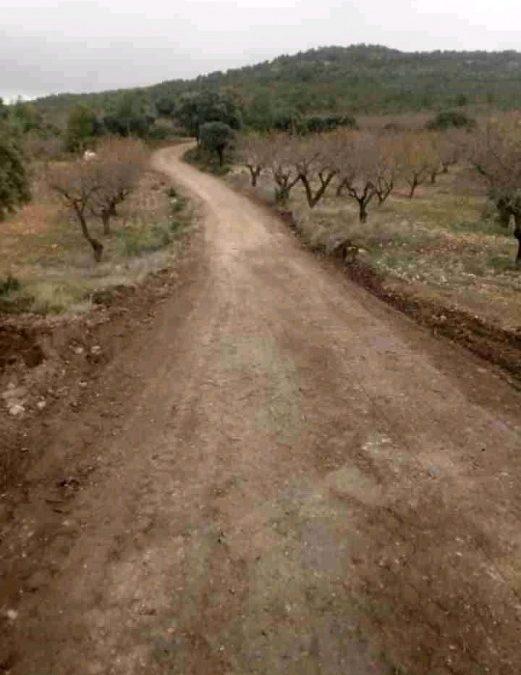 Fuenterrobles mejora el estado de sus caminos rurales