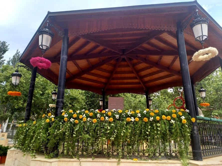 """La Tómbola de la Alameda se viste de gala con el evento floral """"Utiel, flor de septiembre"""""""